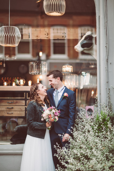 Jess & Rich – A quirky London wedding
